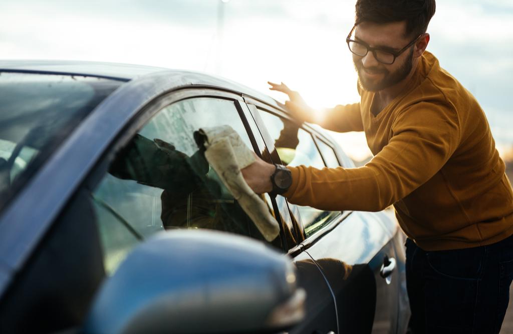 Jak dbać o auto latem?